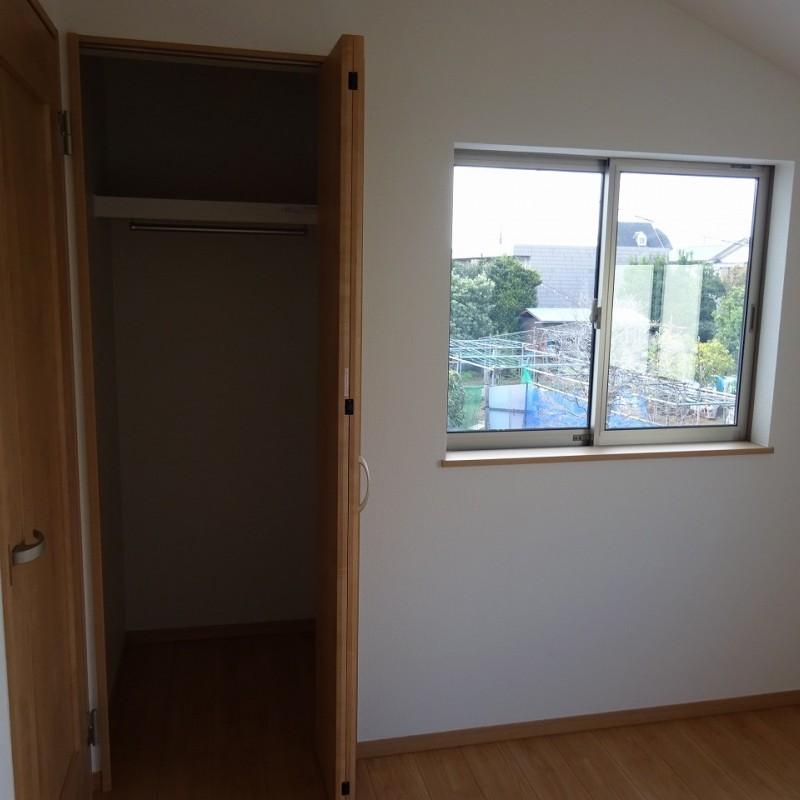 2階洋室4.5帖 クローゼット