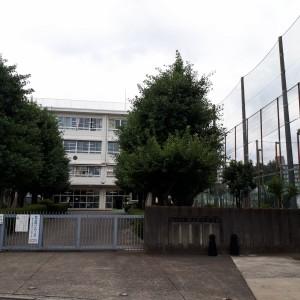 狛江市立狛江第四中学校